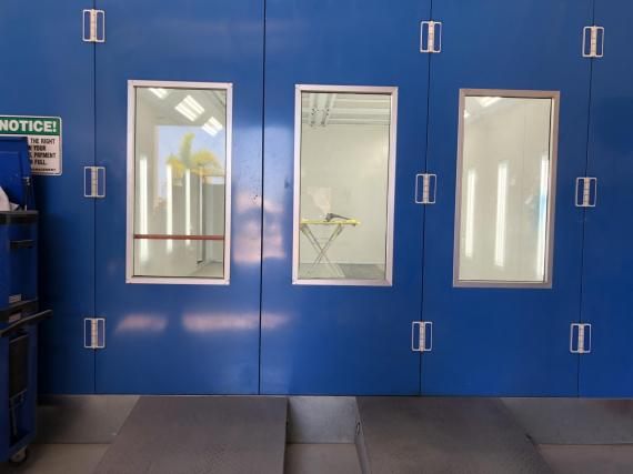 Prestige Paint Shop Modern fit-out For Sale in Maroochydore