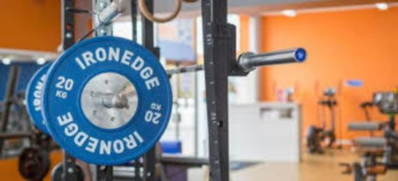 how to open a franchise gym