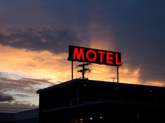 Motel Freehold - SBXA image 1