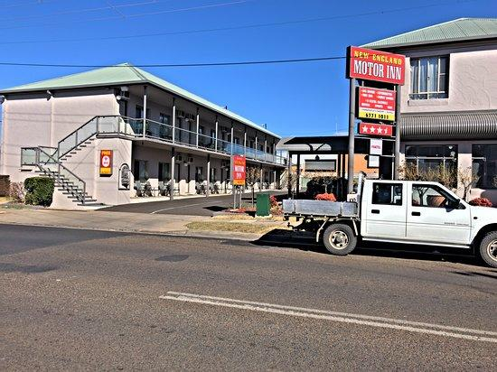 19 Room inner city leasehold motel in the NSW city of Armidale is offered for sale. image 2