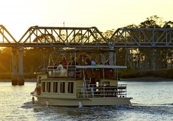 Long established river cruise and on board entertainment business lacated in Bundaberg Qld image 2