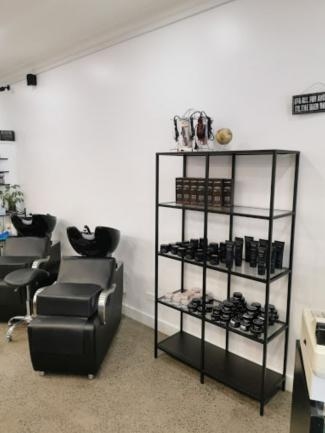AMAZING BUY! – ESTABLISHED BARBER SHOP WITH NEAR NEW FIT-OUT image 3