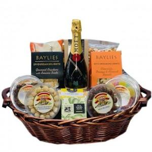 Profitable, Easy-to-Run Gift Basket & Hamper Business image