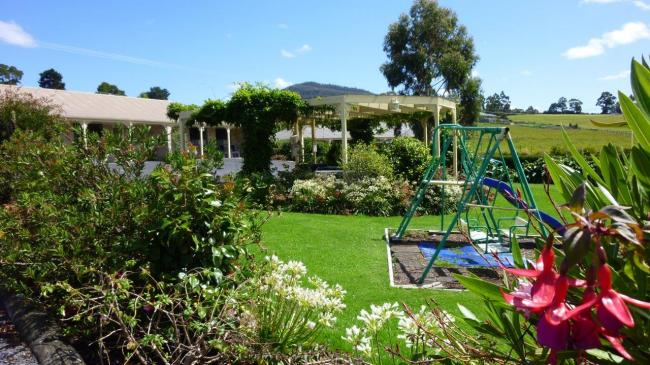 Accommodation & Villas Historical Tasmania Lifestyle image 3